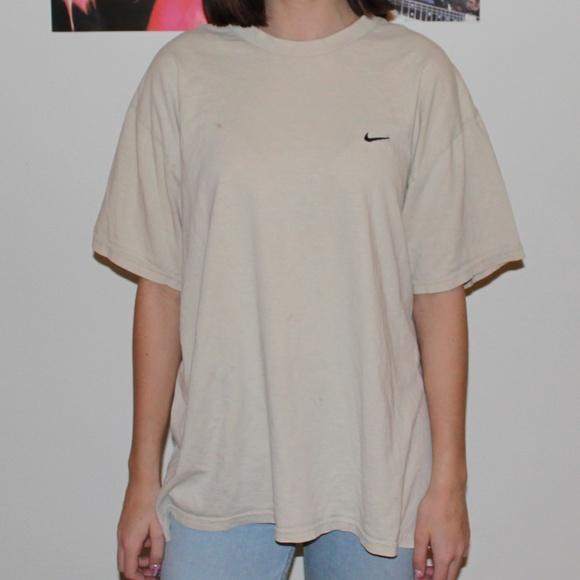 nike oversized t shirt